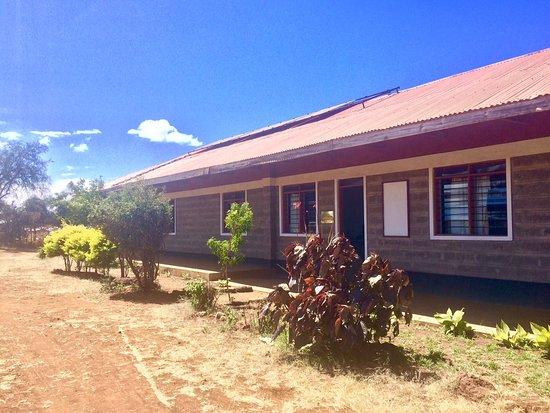 Oloitokitok, Kenya: N'Gaissi Complex featuring 3 bedrooms.