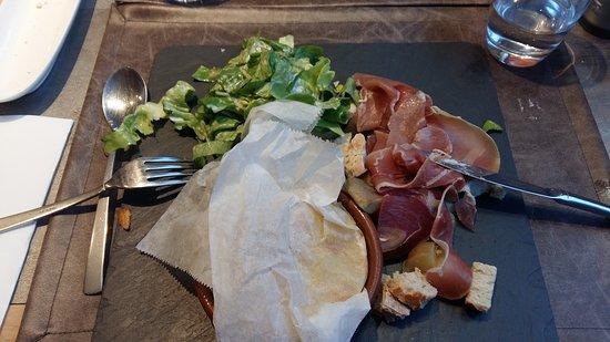 Rostrenen, France: camembert torpenn