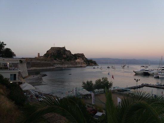Old Fortress Corfu: Το Παλαιό Φρούριο στην Κέρκυρα.