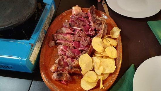 Novales, สเปน: Chuleton de vaca