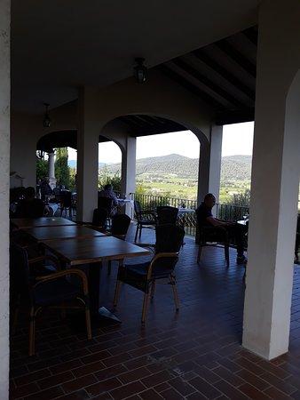 Rasteau, France: terrasse du restaurant