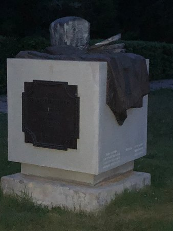 Monument to Borodinskiy  Bread