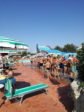 photo2.jpg - Foto di Isola Verde Acqua Park, Pontecagnano Faiano ...