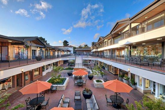 Carmel Plaza
