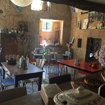 Veloc Cafe: photo1.jpg