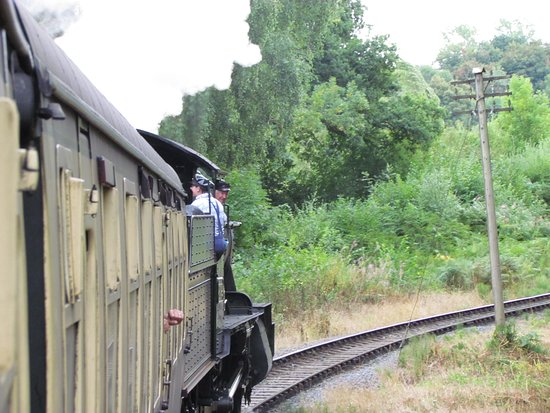 Severn Valley Railway: setting off from Bridgnorth