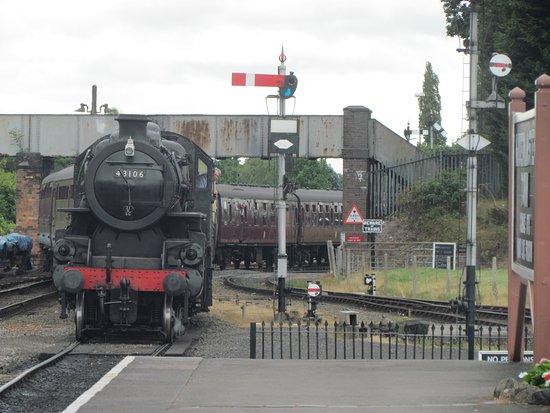 Severn Valley Railway: Another steam excursion rolls into Kidderminster