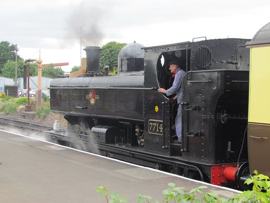Severn Valley Railway: Tank engine at Kidderminster