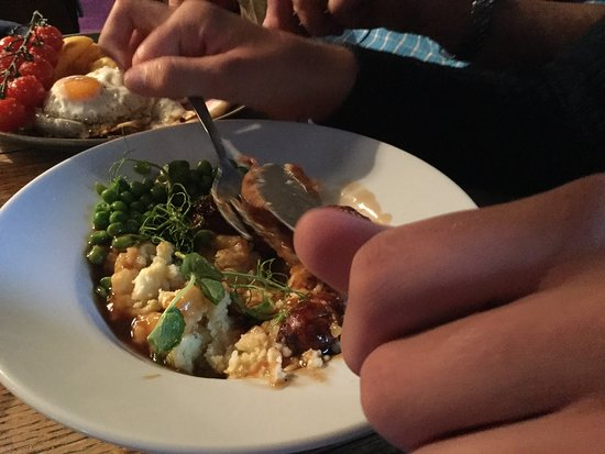 Trefin, UK: Our meal