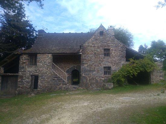 Ecomusee des Monts d'Arree - Maison Cornec