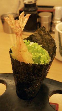 Sushi Zanmai: Ebi tempura temaki