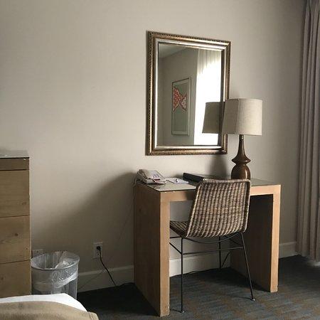 Ashland Hills Hotel & Suites: photo2.jpg