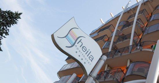 Hotel aparthotel sheila 4 for Appart hotel 37