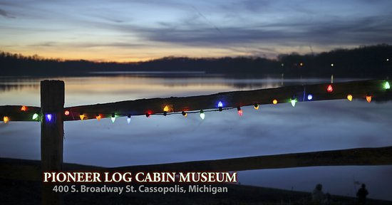 Cassopolis, MI: Pioneer Log Cabin Museum on the shore of Stone Lake