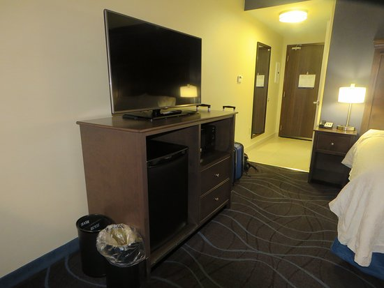 king with sofa bed picture of hampton inn by hilton ottawa airport rh tripadvisor ie