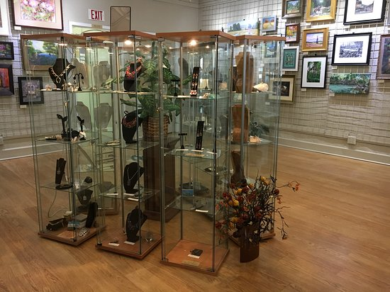 New Braunfels Art League Gallery