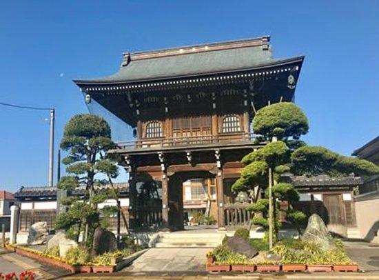 Kasukabe, Japan: 成就院の山門の仁王は圧巻!!