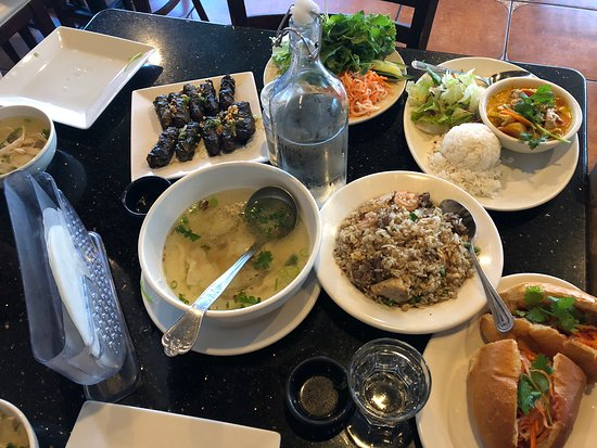Loma Linda, CA: Our spectacular lunch spread at A Dong!