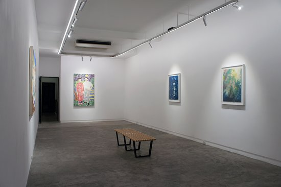 Galerie Quynh: song of the cicada among the summer poppies installation view - 2nd floor