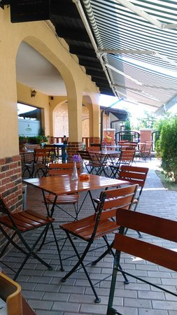 Vintage Restaurant and Garden: IMAG0010_large.jpg