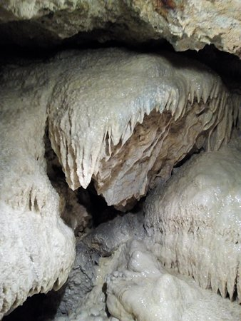 Savonnieres, France: grottes