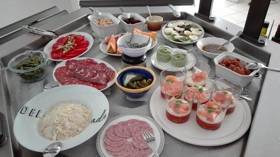 Aux Delice de Fongrave: Buffet d'entrées