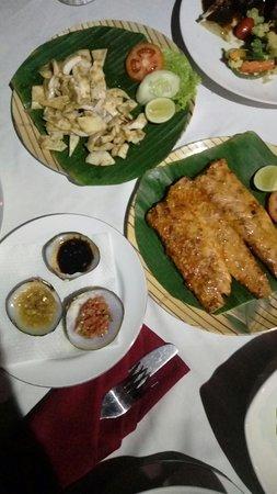 Kendi Kuning Restaurant: 20180815_200351_large.jpg