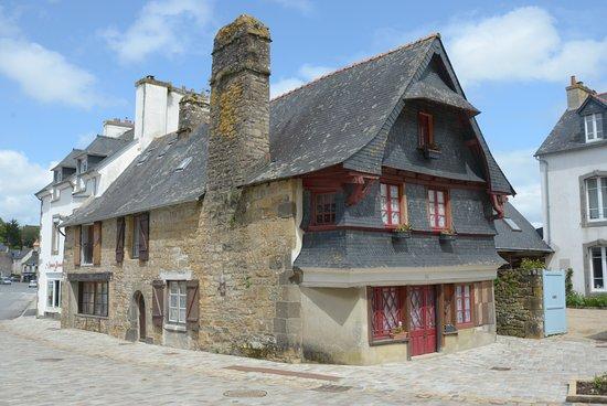 Le Faou, Frankreich: una casa antica
