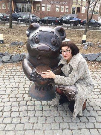 Khabarovsk City Ponds: Милые мультгерои встречают гостей парка
