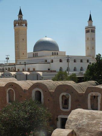 Ksar Hadada, Tunisia: mosquée et ksar