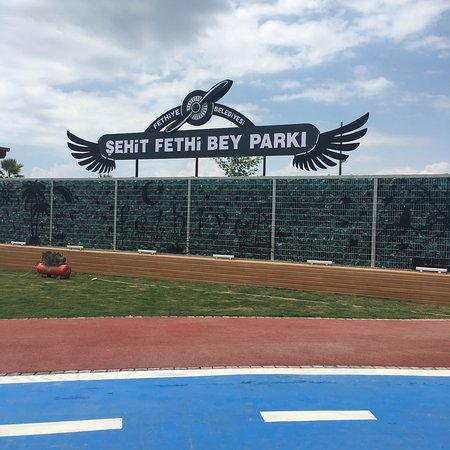 Sehit Fethi Bey Parkı