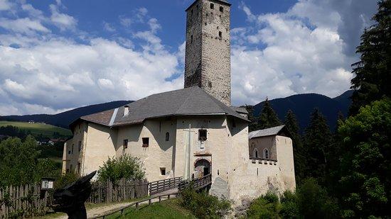 Monguelfo-Tesido, إيطاليا: Castello