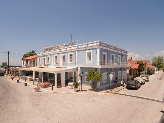 Xastero Hotel