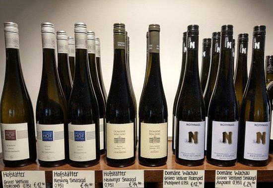 De Gustibus Wine Shop