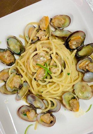 Vallecorsa, Ý: Spaghetto alle vongole al profumo di lime