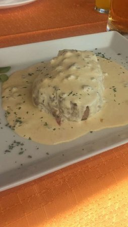 Jezera, Kroasia: Fillet Steak with Gorgonzola Sauce