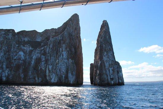 Wreck Bay Diving Center: Leon Dormido (Kicker Rock)