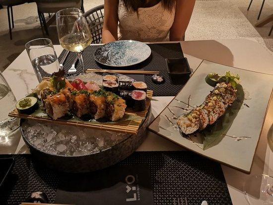 Lyo Bar Restaurant: IMG_20180815_224341_large.jpg