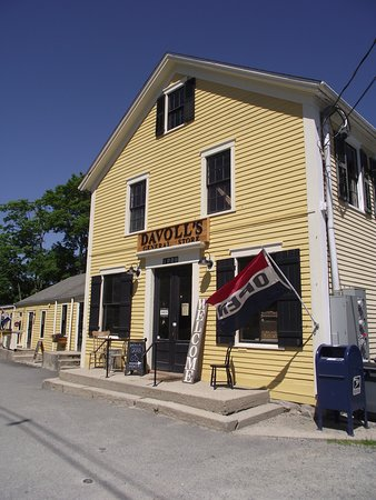 MA - DARTMOUTH - DAVOLL GENERAL STORE - FRONT
