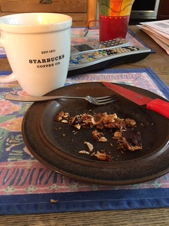 Larkspur, CA: Proof of the YUMMY Enjoyment Is In The CRUMBS Thereof !!!