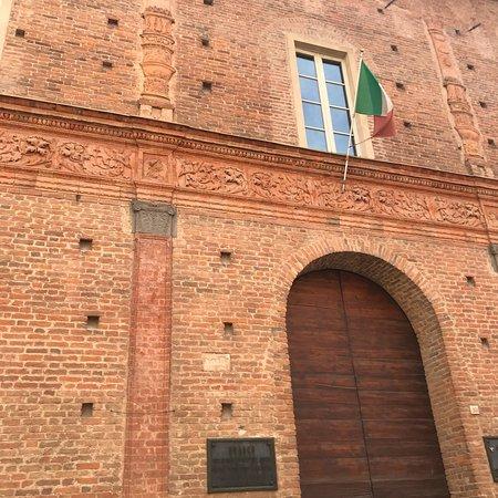 Partito decorativo di palazzo Carminali Bottigella