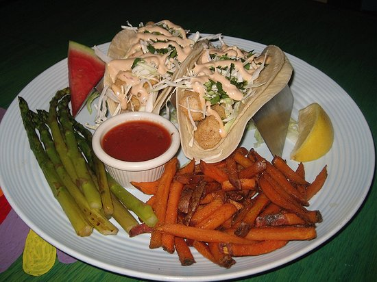 Pasadena, MD: Fish Tacos with Mahi Mahi