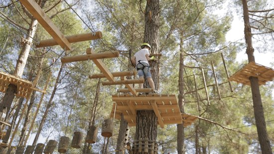 Pano Platres, Siprus: Thrill and action