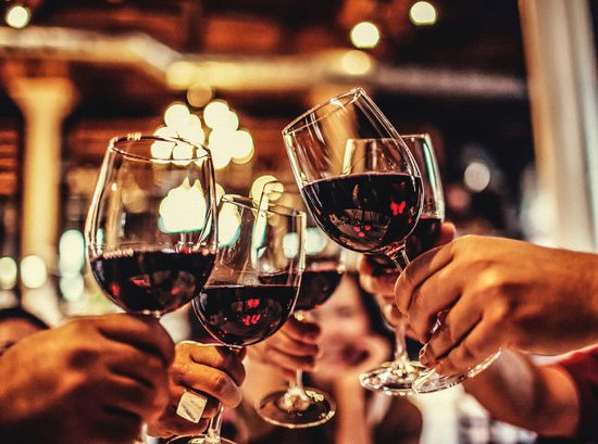 North Bergen, Nueva Jersey: Award winning wine lists from the finest regions of the world. A private cellar with over 100 wi