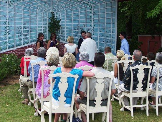 Conyers, Джорджия: Wedding Ceremony