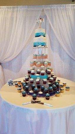 Oh Snap! Cupcakes: Cupcake Tower with White Chocolate Seashells at Hemingway's Restaurant