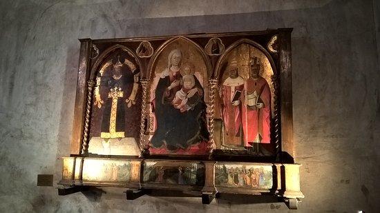 Codiponte, إيطاليا: il trittico con S. Cornelio e S. Cipriano