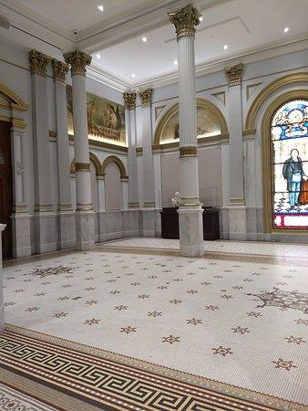 Masonic temple - Grand banquet hall - Picture of Masonic