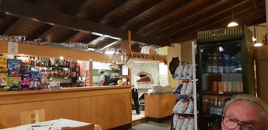 Varena, Italia: 20180816_204643_large.jpg