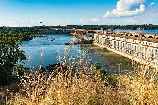 Muscle Shoals, AL: View of bridge and dam with turbines